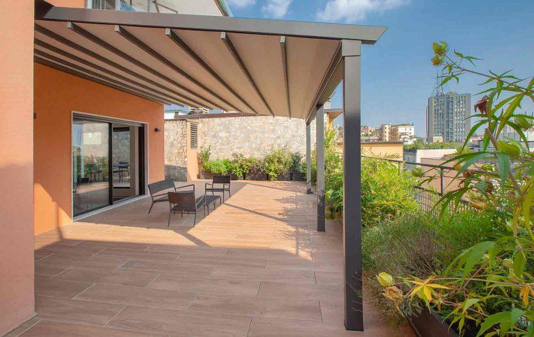 Un outdoor di design con Pergotesa R128